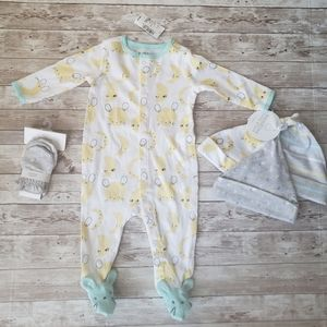 Childrens Place Infant Set NWT